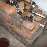Отопительно - варочная печь с котлом Бурдино